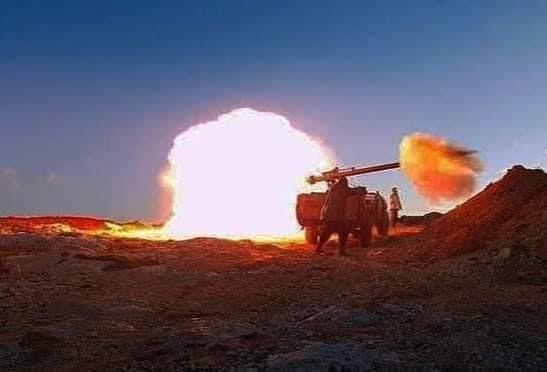 GUERRA EN EL SAHARA | Feroces combates en Touizgui, los blindados entran en acción y Marruecos envía refuerzos militares