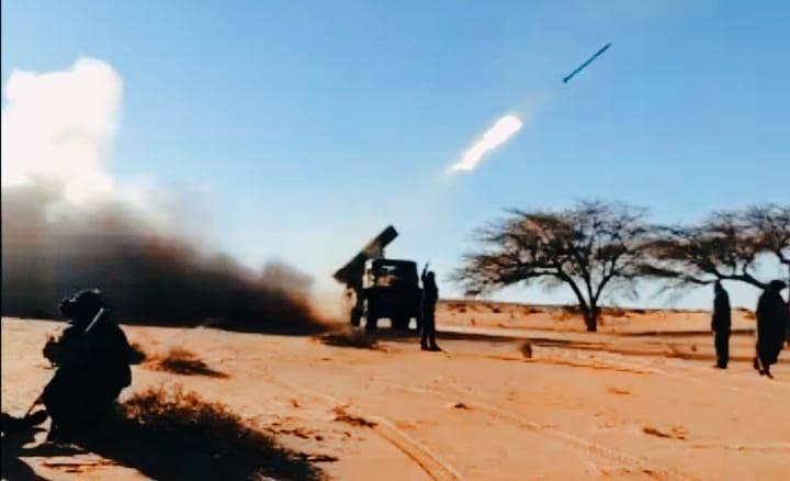 GUERRA EN EL SAHARA   Los bombardeos del EJÉRCITO SAHARAUI calcinan y arrasan una base marroquí en Rus Sebti (Mahbes)
