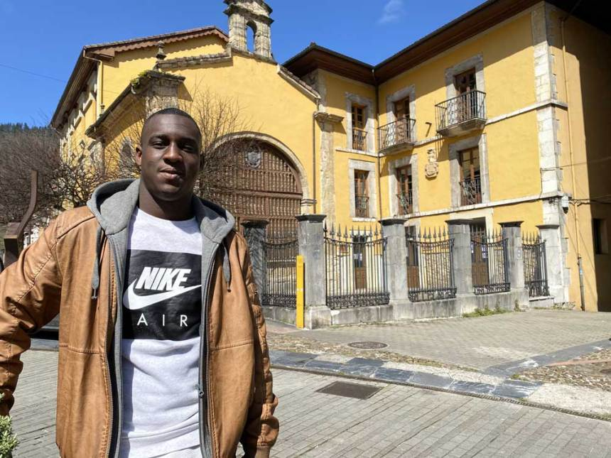 ASTURIAS | Sid Ahmed, el saharaui sobresaliente que estudia en El Prial – @FielatoyNora