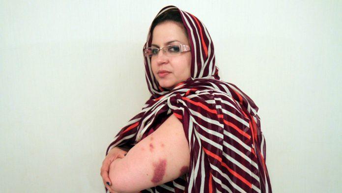 Son avocat en a fait l'annonce dans un communiqué : Soltana Khaya et ses sœurs agressées sexuellement ! – LaPatrieNews.dz