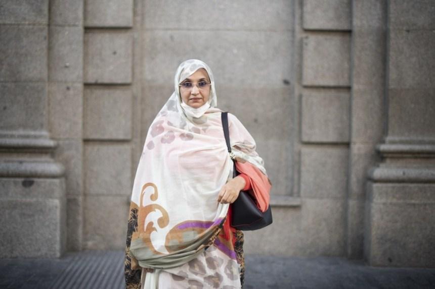 Aminetu Haidar: «Esperamos que el Gobierno español pueda liderar el proceso de descolonización del Sáhara»   Público @JDSato