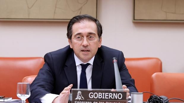 El ministro Albares evita responder si España modificará su postura sobre el Sáhara - imagen destacada