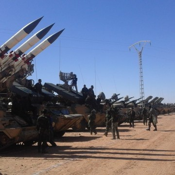 El ELPS ataca posiciones enemigas a lo largo del muro militar marroquí | Sahara Press Service