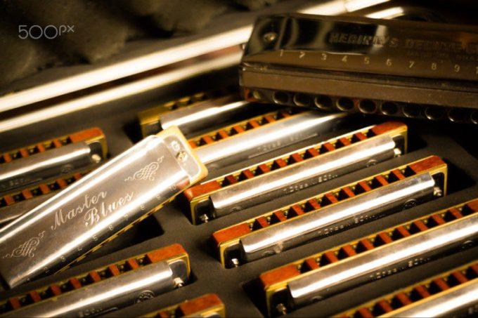 alat musik modern harmonika