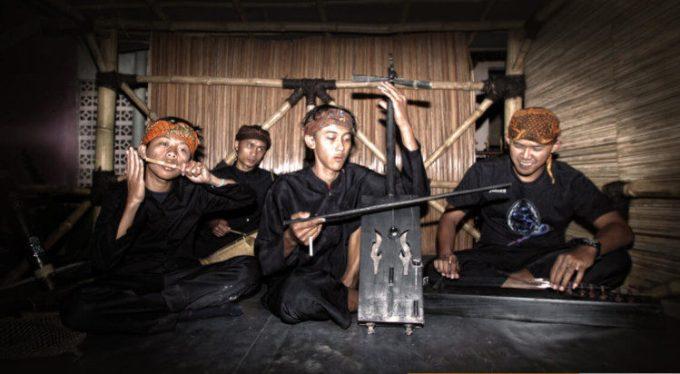 alat musik tradisional jawa barat tarawangsa