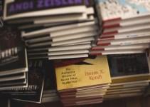 buku terlaris di dunia