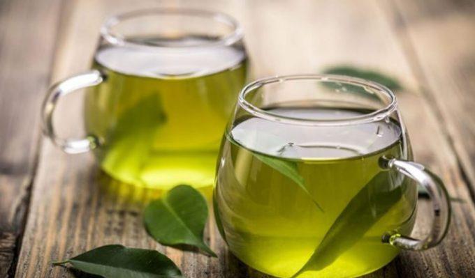 manfaat daun sirih bagi wanita