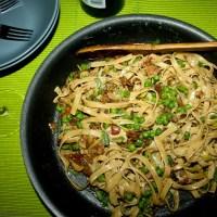 Fettuccine Carbonara with Mushroom & Peas