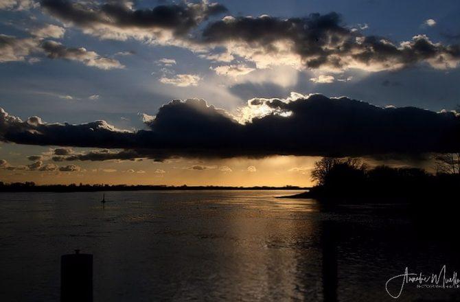 Abendgruss von der Elbe…