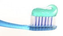 toothbrush and toothpaste with microplastics