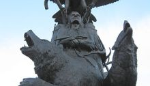 Monument national érigé en l'honneur des anciens combattants autochtones, Ottawa, Canada. Artiste : Noel Lloyd Pinay