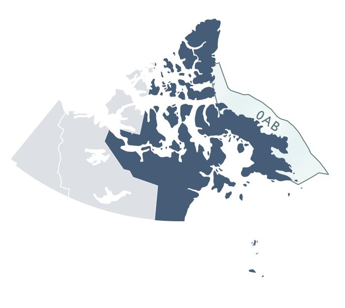 La figure est une carte qui illustre les trois territoires du Canada : le Nunavut est représenté par une couleur plus foncée que le Yukon et les Territoires du Nord-Ouest. Les zones de pêche 0AB de l'Organisation des pêches de l'Atlantique Nord-Ouest sont également illustrées sur la carte au moyen d'une autre couleur.
