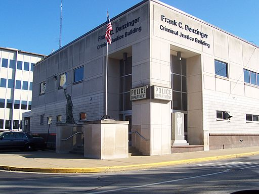 43-new_albany_indiana_police_station