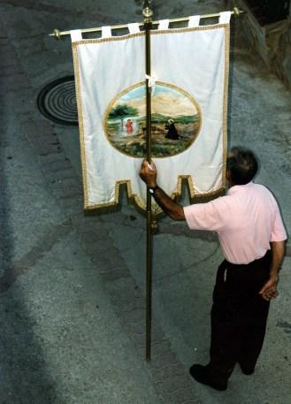Banner depicting Santo Nino and San Juan de Dios