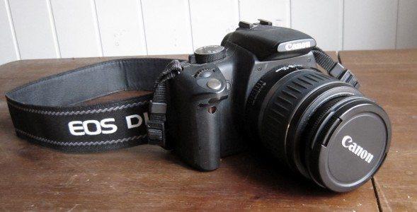 Canon Rebel DSLR camera (2011-08)
