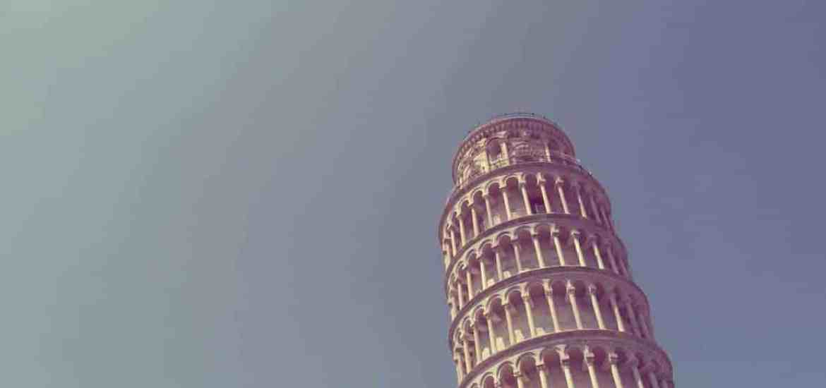 Pisa tower against a blue sky in Tuscany, Italy (2015-07)