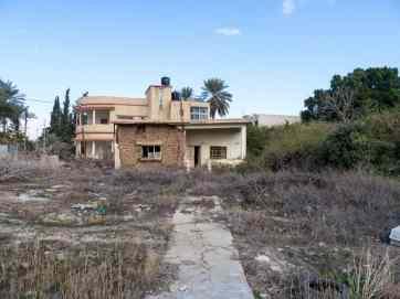 Abandoned house, Jericho, Palestine (2017-01-15)