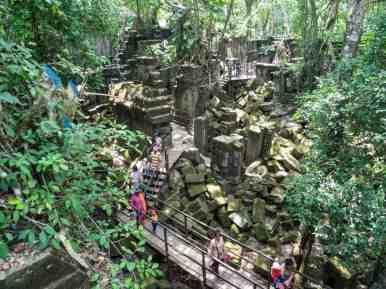 Beng Mealea walkway, Angkor, Siem Reap, Cambodia (2017-04-16)