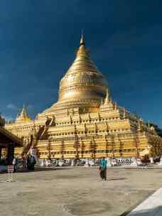 Shwezigon Pagoda, Bagan, Myanmar (2017-09)