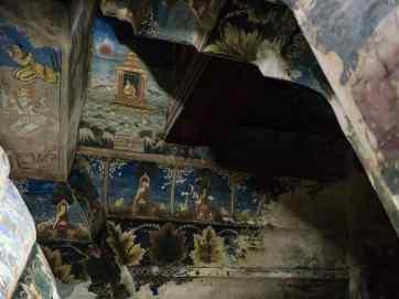 Painted ceilings at Maha Muni Paya, Mandalay, Myanmar (2017-09)