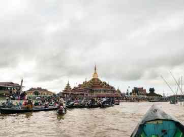 Inle Lake boat tour: The main lake pagoda on festival day, Myanmar (2017-10)