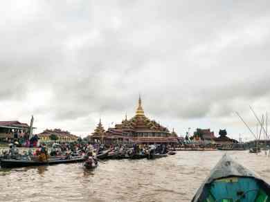 Inle Lake boat tour: The main lake pagoda on festival day, Myanmar (2017-10)