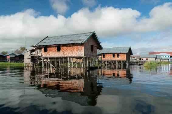 Inle Lake boat tour: Typical Inle Lake stilted house, Myanmar (2017-10)