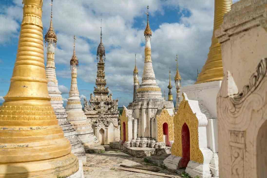 Inle Lake boat tour: Taung Tho Kyaung, Myanmar (2017-10)