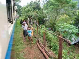 Slow train Shwenyaung (Inle Lake) to Thazi, Myanmar (2017-10)