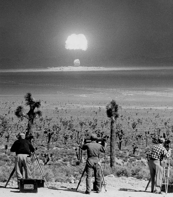 The Atomic Bomb and the Origins of the Cold War by ...
