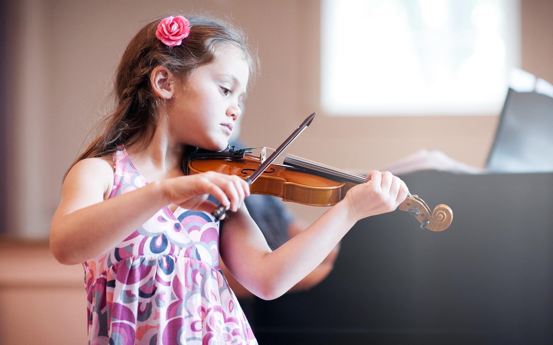 girl-child-violin-music-wallpaper-1920x1200-copy