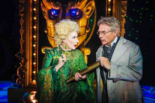 evil-discussions-the-wicked-musical-singapore-aspirantsg