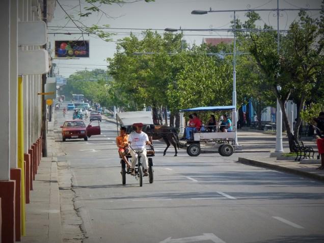 Moving through Cuba - Bici