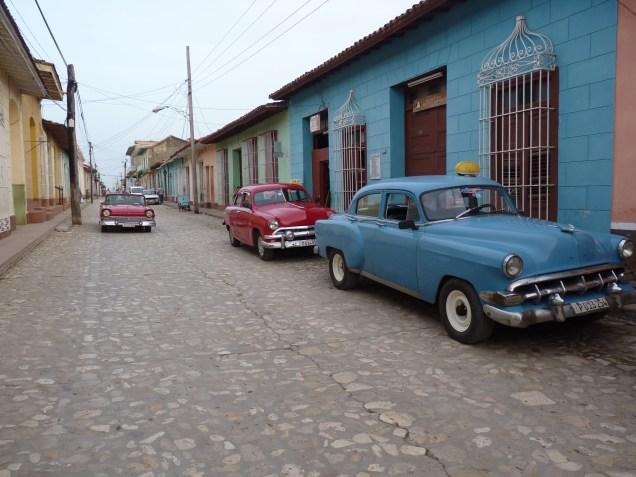 Moving through Cuba - taxi