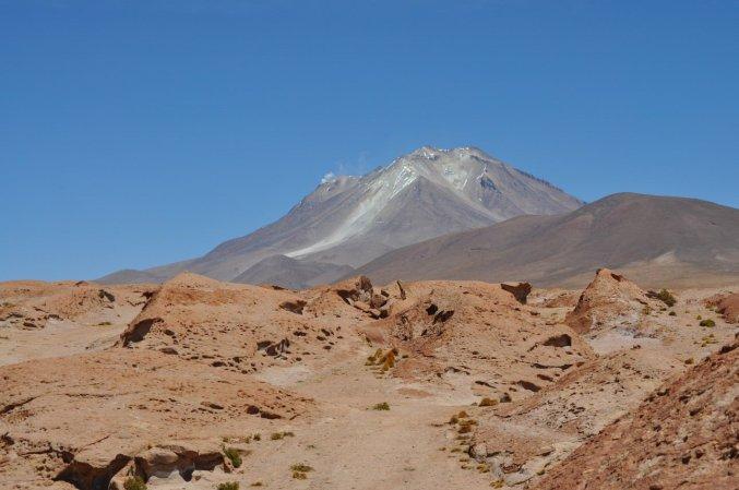 Bolivia Lagoons, Volcanos & Flamingos