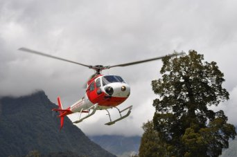 Helicopter up the Fox Glacier