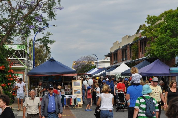 East Fremantle Sunday street fair