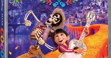 Coco Blu-Ray Combo cover (Walt Disney Studios Home Entertainment)
