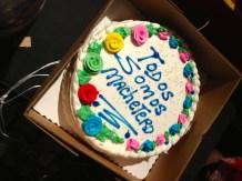 Opening night cake 'Todos Somos Machetero'