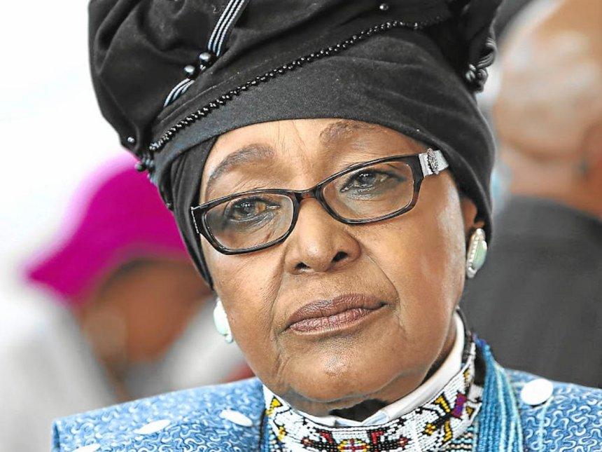 Política y activista: Falleció Winnie Madikizela-Mandela, segunda esposa de Mandela