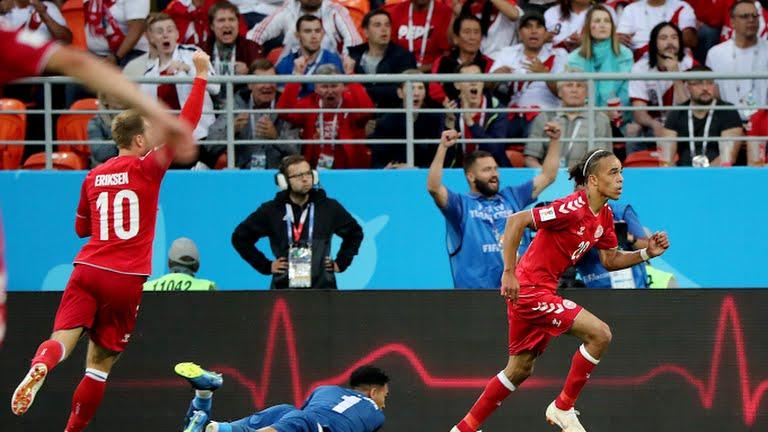 Dinamarca derrotó 1-0 a Perú y es líder del Grupo C junto a Francia