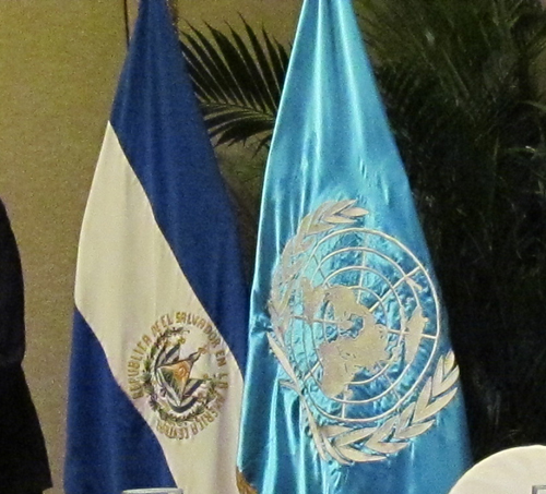 Experta de la ONU visita El Salvador por casos de desplazados
