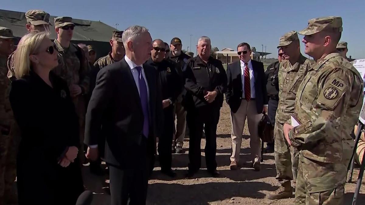 Secretario de Defensa visita tropas en el sur de Texas