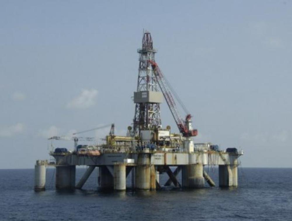 Compañía italiana halla una gran reserva de petróleo en aguas de Angola