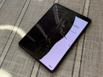 Samsung recibe reportes problemas de pantalla de nuevo modelo plegable Galaxy Fold