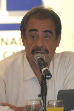 Francisco Córdova Lira,  presidente del CCE.