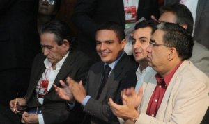 El líder del PRI de Quintana Roo también estuvo presente en la asamblea nacional.