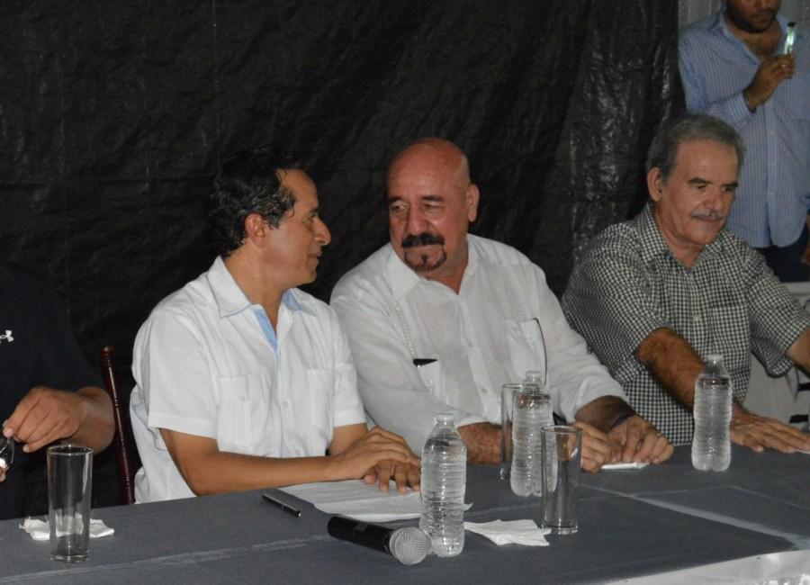 Carlos Joaquín y el empresario Antonio Parra Jiménez.