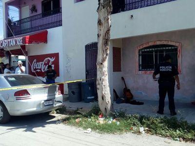 MATAN A MUJER EN PLAYA: Hallan cuerpo de una argentina en una vivienda de la colonia Colosio; policía intenta ocultar crimen