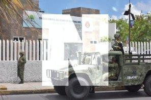 Militares resguardan la Fiscalía General del Estado